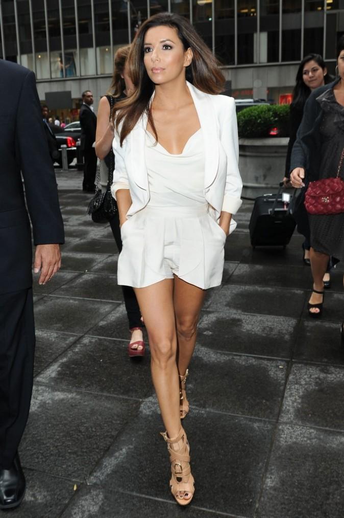 Eva Longoria Ask Kara What To Wear